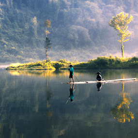by Ymmot Davinci - Landscapes Waterscapes