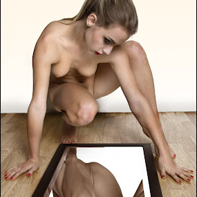 Shape & Reflection by Mike Lloyd - Nudes & Boudoir Artistic Nude ( reflection, girl, nude, form, shape )
