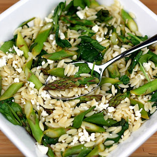 Lemon Orzo Salad with Asparagus, Spinach, and Feta