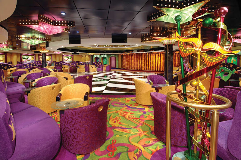 Every night is is a good night for partying at the New Orleans-inspired Mardi Gras Cabaret Lounge and Night Club, on deck 6 of Pride of America.