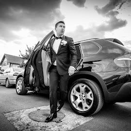 The groom has arrived by Nicolae Matic - Wedding Groom ( car, wedding, suit, summer, groom, bmw x5 )