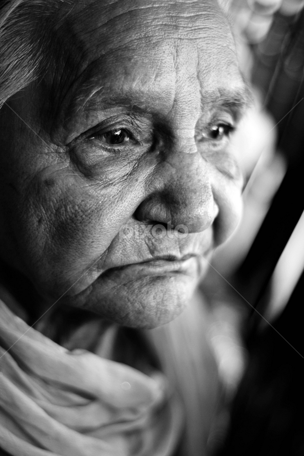 Old eyes and hope by Anurag Bhateja - Black & White Street & Candid ( old, woman, hop[e, age, lady, indian, india )