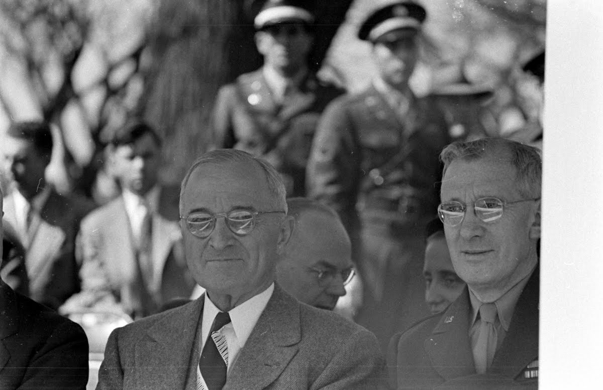 Army Day Observance, Washington Dc Truman And Rob'T Patterson