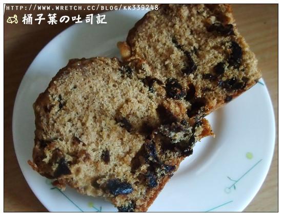 黛麗斯烘焙屋‧桂圓蛋糕 -- 綿軟豐富的桂圓餡