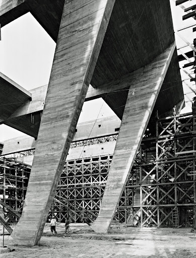 Construction of the Exhibition Building