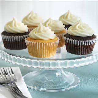 Simple Chocolate Cupcakes.