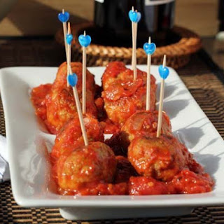 Turkey Pesto Meatballs with Tomato Sauce.