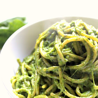 Creamy Avocado Spinach Pasta With Mozzarella & Gruyere
