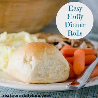 Easy Fluffy Dinner Rolls
