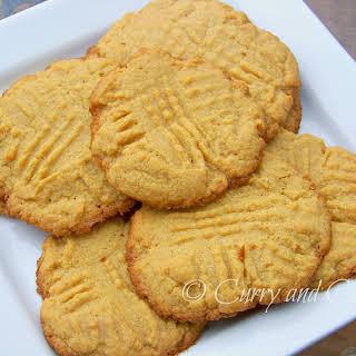 Easiest Peanut Butter Cookies (ever!).