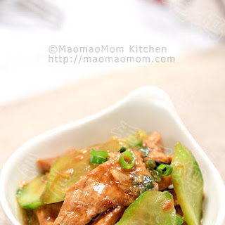Pork and Cucumber Stir Fry 多滋味-【姜汁肉片】