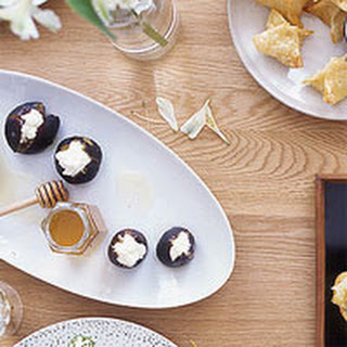 Figs with Ricotta and Honey.