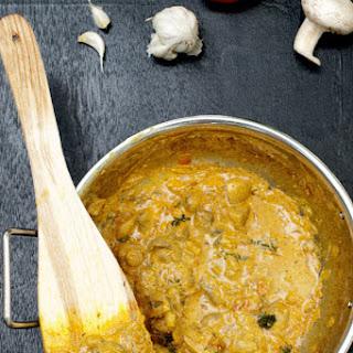 Quick and Easy Mushroom Yogurt Curry
