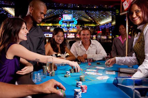 casino-St-Maarten - Try your luck at one of St. Maarten's three casinos.