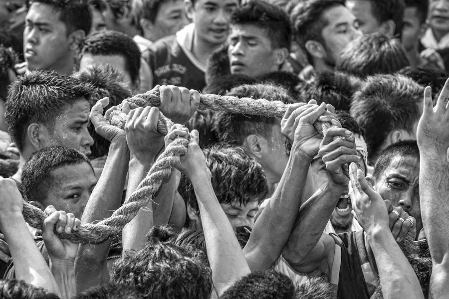 by Ohmz Pineda - Black & White Street & Candid ( , people, crowd, humanity, society )