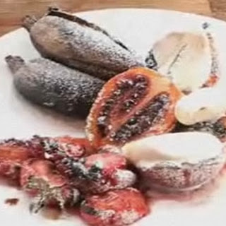 Barbecue Peaches and Strawberries with Balsamic Vinegar Recipe