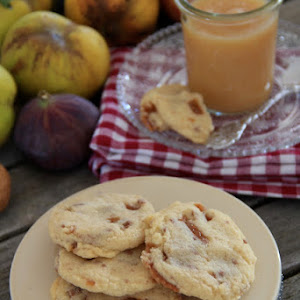 Autumn Stewed Fruits and Daims Cookies