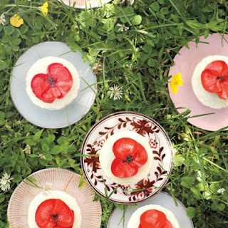 Vanilla-Buttercream Frosting and Poppies.
