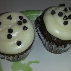 GF Dalmatian cupcakes