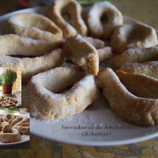 Almond Horseshoe Cookies.