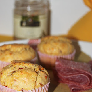 Muffins with Artichoke and Cherry Tomato Sauce.