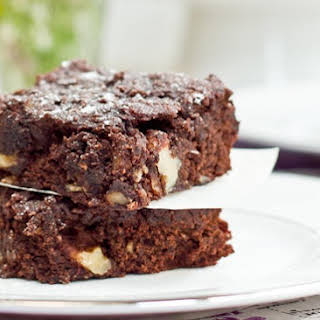 Gluten-Free, Vegan, and Oil-Free Walnut Chip Brownies.