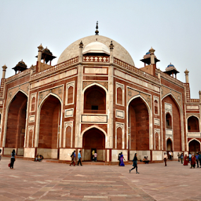 Memoirs of the emperor by Satminder Jaggi - Buildings & Architecture Public & Historical ( islamic architecture, new delhi, india, humayun's tomb, heritage,  )