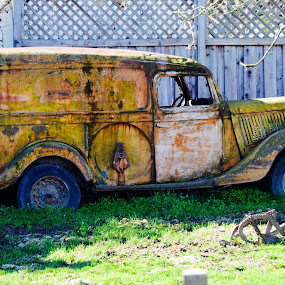Ol' Rusty by Ed Hanson - Artistic Objects Antiques ( old panel truck )