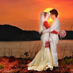 romantic sunset by Sarol Glider - Wedding Bride & Groom