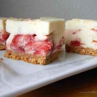 Strawberry Marshmallow Crumb Bars – Version 1