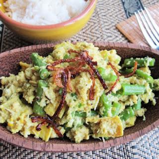 Balinese Chicken Lawar