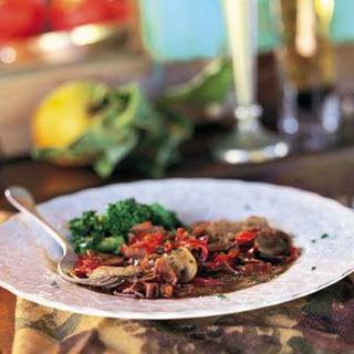 Veal Scallopini with Mushrooms and Peppers (Scaloppine di Vitello con Funghi e Peperoni).