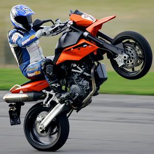Racing moto: Modified motobike for PC and MAC