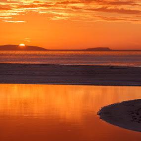 Golden hour by Jose María Gómez Brocos - Landscapes Sunsets & Sunrises ( clouds, water, sand, sky, sunset, sea, beach )