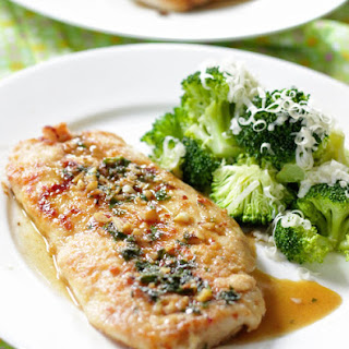 Parsley And Garlic Chicken Cutlets With Broccoli.