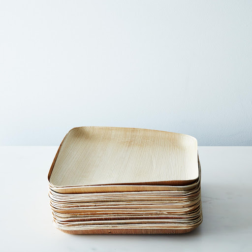 Large Compostable Wooden Plates (Set of 25)