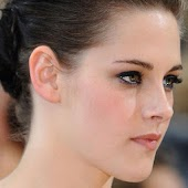 Kristen Stewart Hot Wallpapers