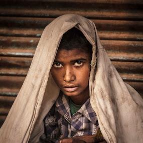 Sick boy from Delhi by Svetlin Ivanov - People Portraits of Men ( picsvet, sick, boy, delhi )