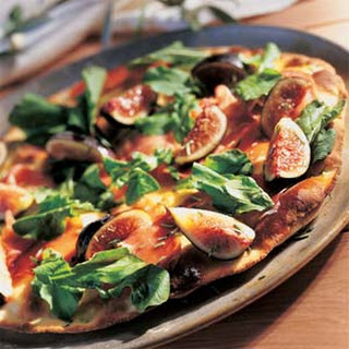 Fig and Prosciutto Pizza.