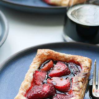 Balsamic White Wine Strawberry Tarts