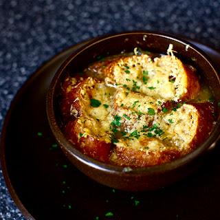 Onion Soup [Soupe à l'Oignon]