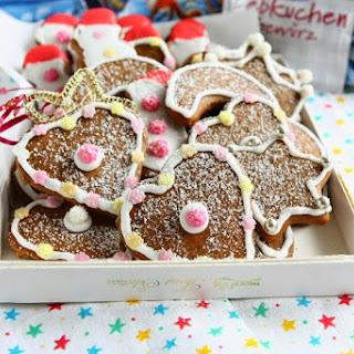 Spelt Gingerbread Biscuits