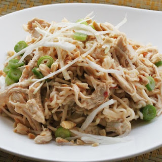 Easy Cold Sesame Noodles With Shredded Chicken.