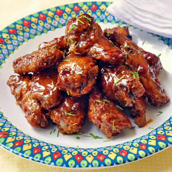 Crispy Baked Maple Sriracha Glazed Chicken Wings