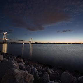 The Lillebelt Bridge by Kim Borup Matzen - Buildings & Architecture Bridges & Suspended Structures ( canon, water, long exposure, denmark, bridge )