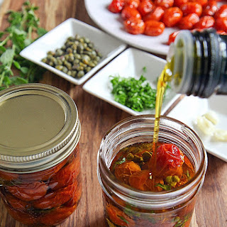 ROASTED CHERRY TOMATOES IN OIL with mixed herbs