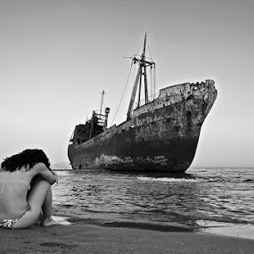 Wreck_2 by Elias Spiliotis - Black & White Portraits & People ( sand, sadness, black and white, loneliness, shipwreck, ship, woman, sea, beach, rust, people,  )