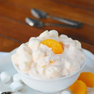 Classic Orange Fluff Salad {aka Orange-Pineapple Jello Salad}.