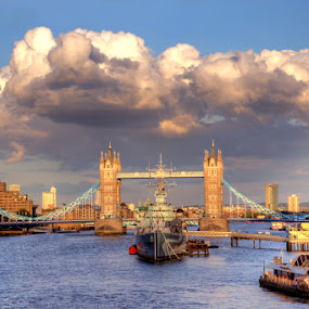 Cumulus Clouds over Tower Bridge by Bill Green - Buildings & Architecture Bridges & Suspended Structures ( london, the thames, tower bridge )