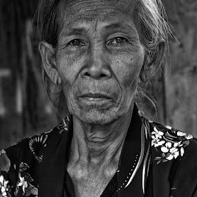 Getting older by Arief Tisnadi Wasono - Black & White Portraits & People